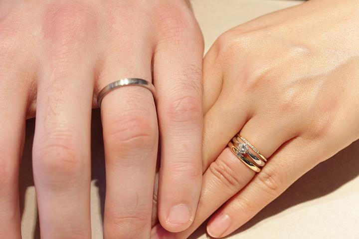ご結婚指輪は記念に写真撮影いたします les desseins de DIEU Bridal