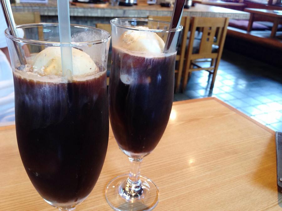 コーヒーフロート 昔懐かしの飲物